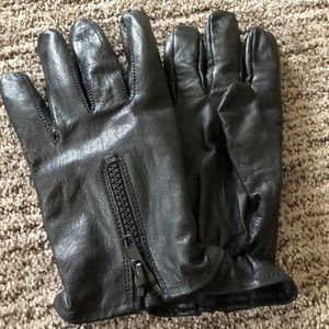 Accessories - Black leather gloves medium